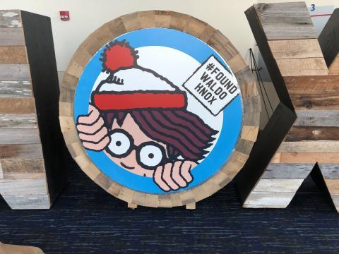 """Uno de los """"Waldo"""" que se pueden encontrar en Knoxville, Tennessee, durante Where's Waldo Scavenger Hunt"""